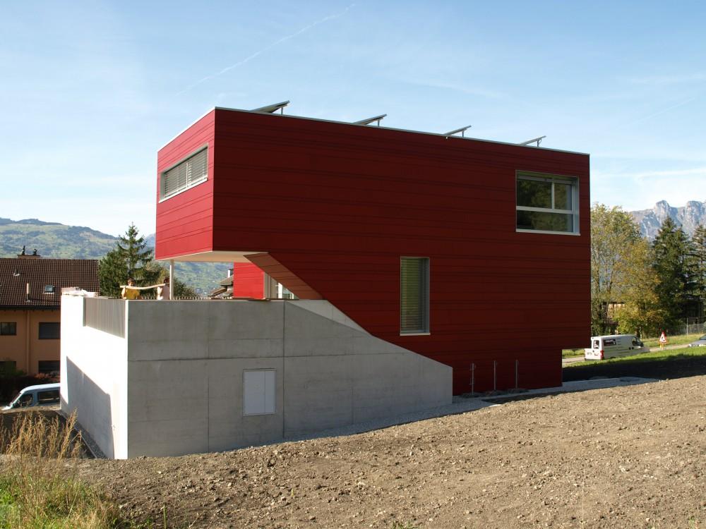 Neubau Einfamilienhaus Metallfassade, Schaan 2010