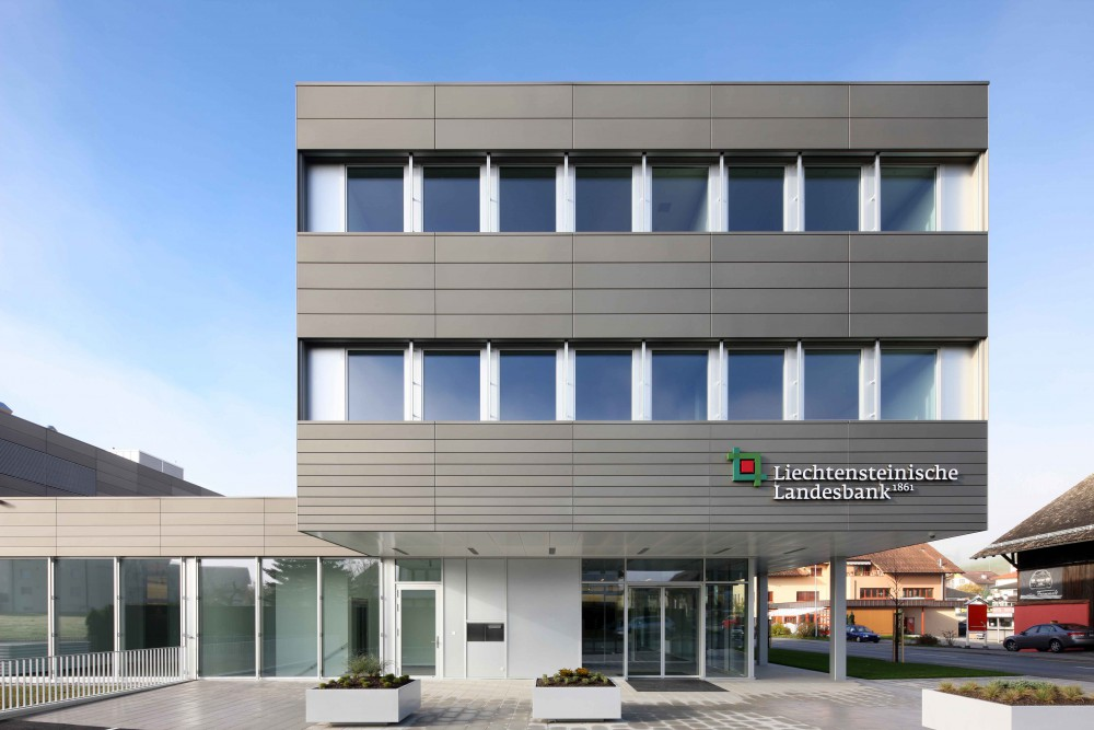 Neubau Liechtensteinische Landesbank Geschäftsstelle Eschen, 2012