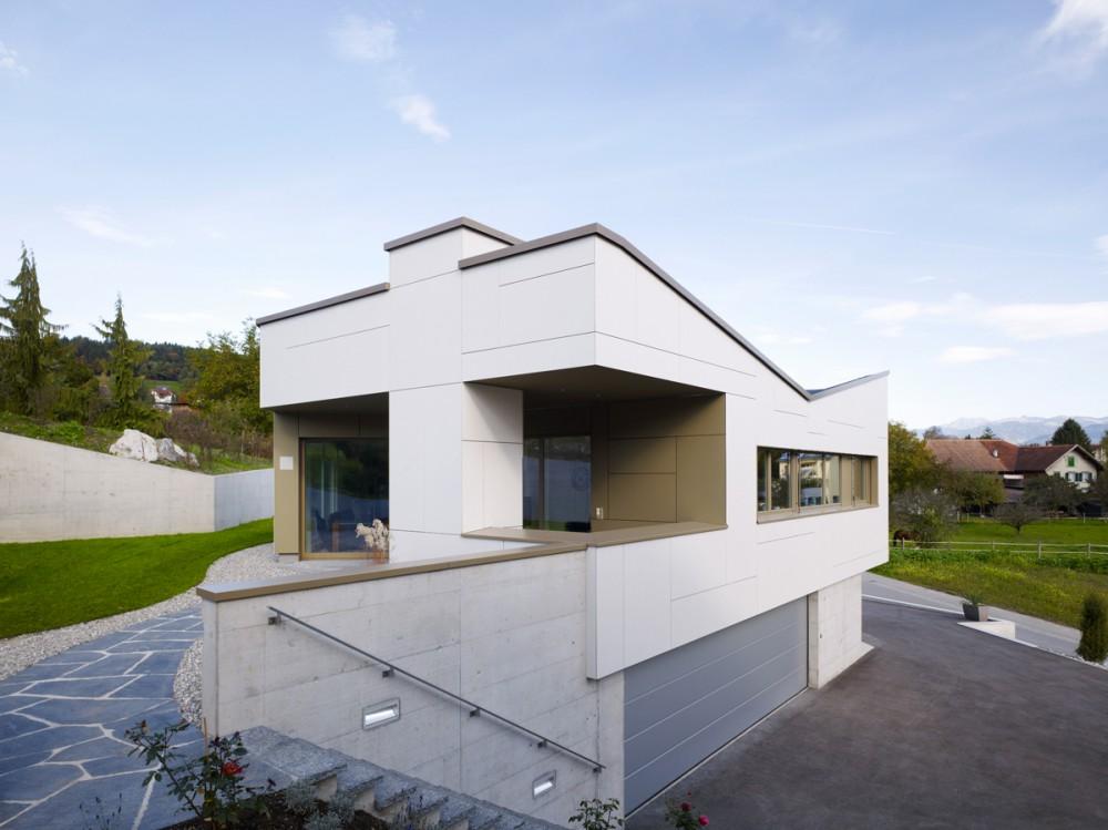 Neubau Einfamilienhaus mit Geschäftsräumen, Mauren 2013