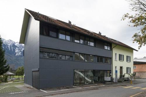 Neubau Mehrfamilienhaus, Mauren 2000